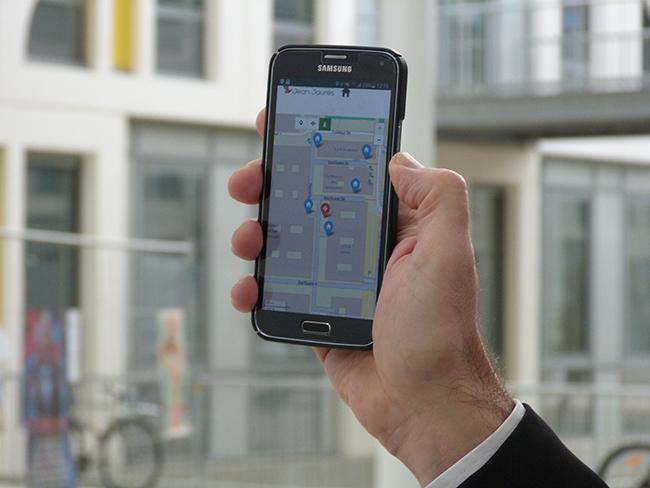 UT2J Mobile.jpg